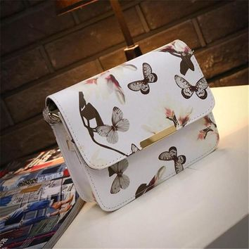 Women Floral leather Shoulder Bag Satchel Handbag Retro Messenger Bag Vintage,Fashion AP1