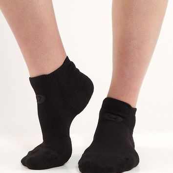 women's ultimate padded run sock | women's socks & underwear | lululemon athletica
