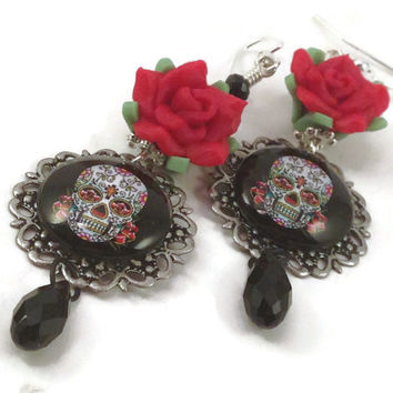 Sugar Skull Earrings - Skull and Flower - Day of the Dead Jewelry - Horror Jewelry - Gothic Jewelry - Halloween Jewelry - Skull Earrings