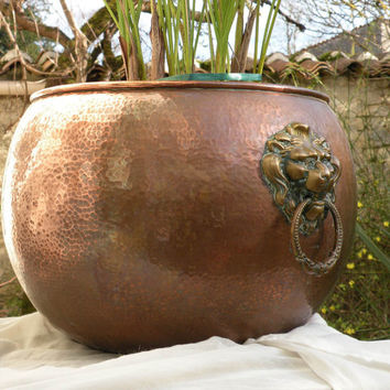 French vintage copper planter. Antique planter. Country home. Copper and brass planter. Country home. Copper planter. French copperware