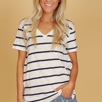 Classic V-Neck Pocket Tee Striped Navy/ White