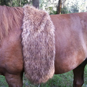 Faux Brown Wolf Fur Pelt - Pretend American Indian Bed Roll - Fake Wolf Fur Horse Costume