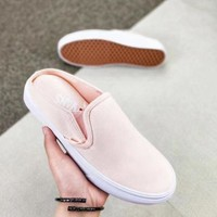 VANS SLIP ON Fashion and casual lovers canvas shoes