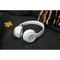 Beats Solo 3 Wireless Magic Sound Bluetooth Wireless Hands Headset MP3 Music Headphone with Microphone Line-in Socket TF Card Slot For Women Men Couple White B