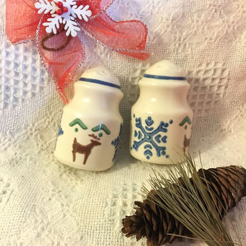 Christmas Ceramic Salt and Pepper Shakers Pfaltzgraff Nordic Christmas Serving Set With Brown Reindeer Blue Snowflakes Green Vintage 1990's