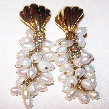 "Freshwater Pearl Dangle Earrings Cluster Gold Metal Clip On's 2"" Vintage"