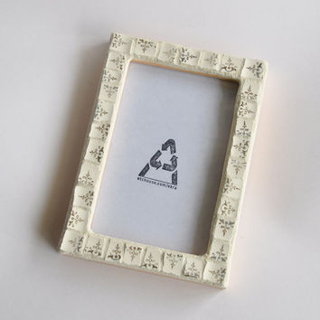 Wedding Gift Mosaic Picture Frame 4x6 Gold & White