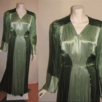 Vintage 1940's Rayon Dark/Light Green House Dress Gown Dressing Gown Womens Deco Dress