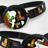 Super Mario Headphones earphones hand painted - Yoshi - Piranha Plant - Question block - 1UP Mushroom