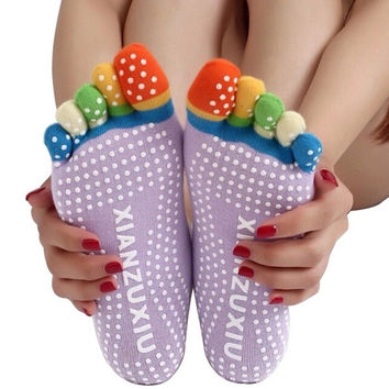 Yoga Massage Socks Sport Socks Non Slip Five Toe Design for Women = 1932626436