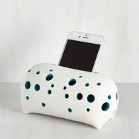 ModCloth Quirky Rest for Your Rhapsody Acoustic Amplifier