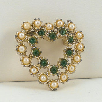 Emerald Pearl Heart Brooch Victorian Inspired Simulated Gemstones Gold Tone Pin Valentines Day Girlfriend Wife Mom Gift