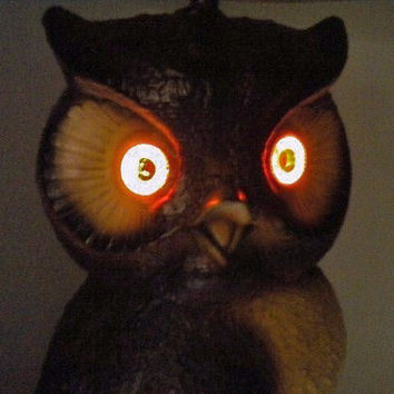 Vintage Ceramic Owl Table Lamp with Glowing Orange eyes by nygstyle