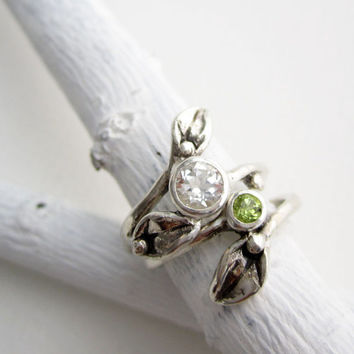 Set of 2 Rings, Silver Leaf Ring with 5mm White Topaz and 3mm Peridot, Engagement Rings