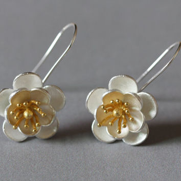 Sterling Silver Flower Hoop Earrings,Flower Dangle Earrings 28K Gold Plated,Flower blossom earrings,gift for her,Flower jewelry