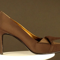 RENÉ MANCINI-Brown Silk & Faille Pumps, (Size-38)