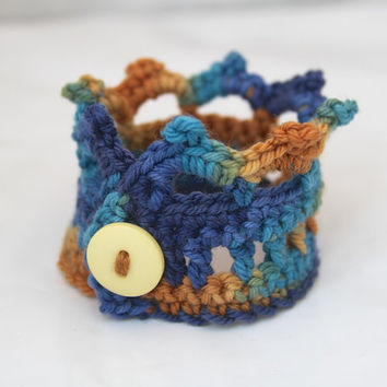 Crochet Jewelry, Crown Cuff, Bracelet with Button, Ocean Waves, Beach, Sandy Shores, Gifts Under 10, Style Accessories - READY TO SHIP