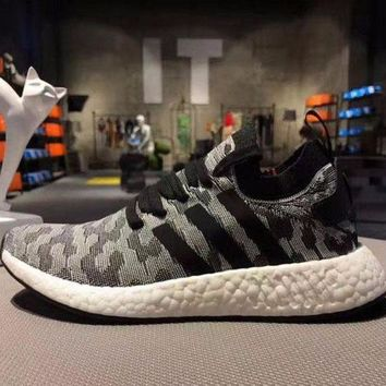 LMFUX5 Adidas NMD R2 Primeknit Black 1 Boost Sport Running Shoes Classic Casual Shoes Sneakers