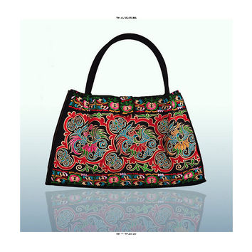 Bohemian Woman's Bag National Style Embroidery Single-shoulder Bag Embroidery Handbag Big Bag Factory(Big Szie)   black base cloud and flower