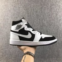Air Jordan Retro 1 Mid White Black
