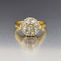 Elegant Antique 18K Gold Diamond Engagement Ring