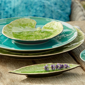 Riviera Stoneware Laurel Leaf (Set of 4)