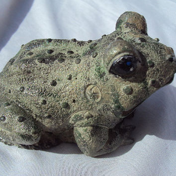 Frog Stone, Hand Cast, Hand Painted, ooak finish, Almost One Pound