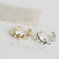 adjustable knuckle leaf ring,,jewelry,rings,unique ring,adjustable ring,knuckle ring,stretch ring,men ring,cool ring,couple ring