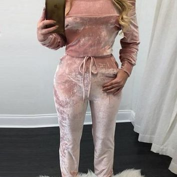 Charming bateau neck long sleeve lace up pink velvet one piece skinny jumpsuit