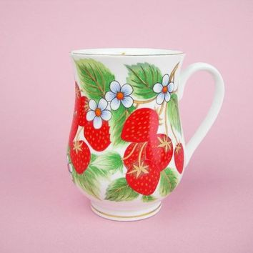 Bone China Mug, Luscious Red Strawberries, Gold Trim, Seville Ceramics, Vintage Colorful Coffee Tea Mug Cup for Home or Office, Holds 10 Oz