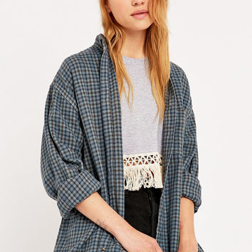 Urban Renewal Vintage Customised Plaid Flannel Shirt in Grey - Urban Outfitters