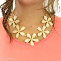 Sandy Springs Ivory Flower Necklace