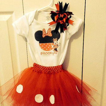 Girls Minnie Mouse Tutu outfit with bow