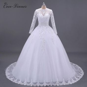 C.V Boat Neck Beaded Sashes Vintage Wedding Dress 2018 Embroidery Appliques Pearls Crystal Beads Ball Gown Wedding Dresses W0007