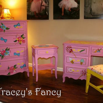 Custom Painted Vintage Bedroom Set for Girls by TraceysFancy