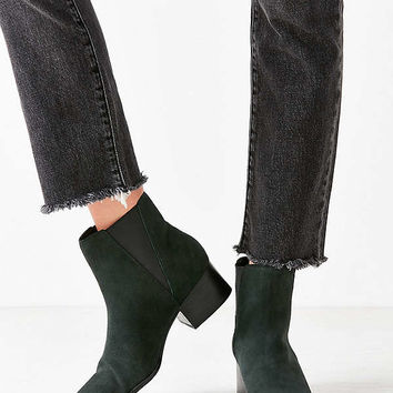 Pola Suede Chelsea Boot | Urban Outfitters