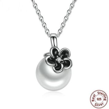 925 Sterling Silver Mystic Floral Pendant White Pearl Necklace