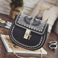 Women Stylish Pattern Chain Turn Buckle Shoulder Bag Crossbody Bag