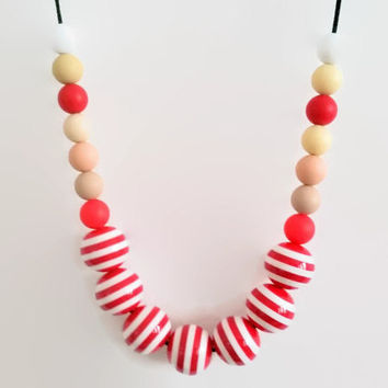 Red white striped necklace , Eco friendly necklace , Chunky beads necklace , Bubblegum necklace ,  Ball necklace , Red necklace , Gumball