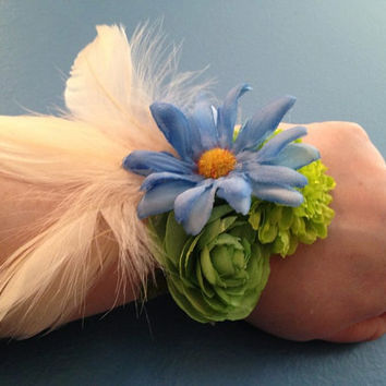 Blue and Green Corsage, Wrist Corsage, Flower Corsage, Mother's Day Corsage, Gift For Mom, Mother's Day Gift, Prom Gift