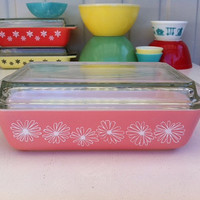 Pyrex Pink Daisy Space Saver!! Rare, JAJ Pyrex,  2 quart, #575 oblong casserole with lid!  ReTrO KiTcHeN!