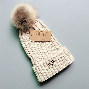 4a381aa9d0f793 UGG Winter Hot Sale Trending Couple Stylish Warm Knit And Pom Hat Cap Beige