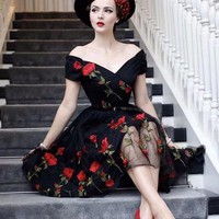 Roiii  2018 New Summer Dress Elegant Short Sleeve Rose Embroidery Floral Casual Sexy Women Lace Black Party Dresses Size S-3XL