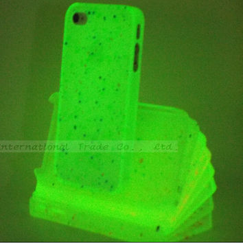 4/4S Spots Pretty Luminous Glow in Dark Phone Shell Cover Skin For Apple iPhone4S Case For iPhone 4 iPhone 4S Cases 2016 Newest!