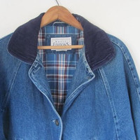 vintage dark wash blue denim jean jacket // barn coat // women's size M
