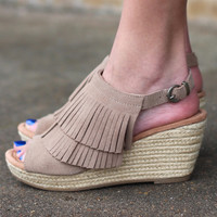 Minnetonka: Ashley Fringe Wedge {Taupe}