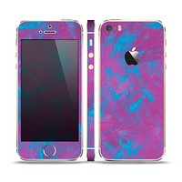 The Purple and Blue Paintburst Skin Set for the Apple iPhone 5s