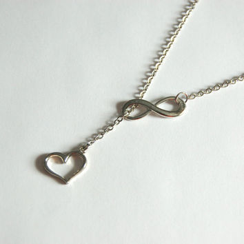 Infinity Lariat Necklace in Gold or Silver, Valentine's Day Gift, Heart Necklace, Infinity Necklace, wedding jewelry, bridal gift,