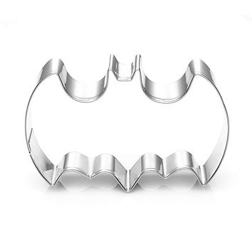 1Pcs Stainless Steel 3D Batman Cookie Cutter, Batman Biscuit Embossing Mould Cake Mold Kitchen Accessory Baking Pastry tool