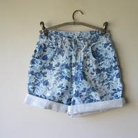 80s High Waisted Blue Floral Denim Shorts -- Grunge Style Summer Festival Fashion!
